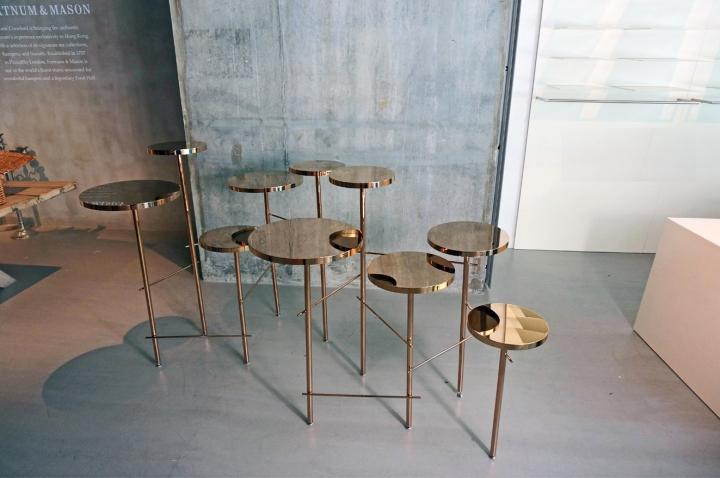 Яркие табуреты Trickle Trickle stool