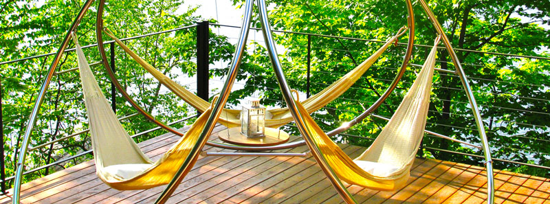 Hammock for giving with a frame