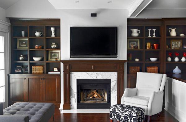 расположение телевизора на стене в фото