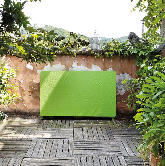 Уличная деревянная мебель для дачи: необычный складной столик