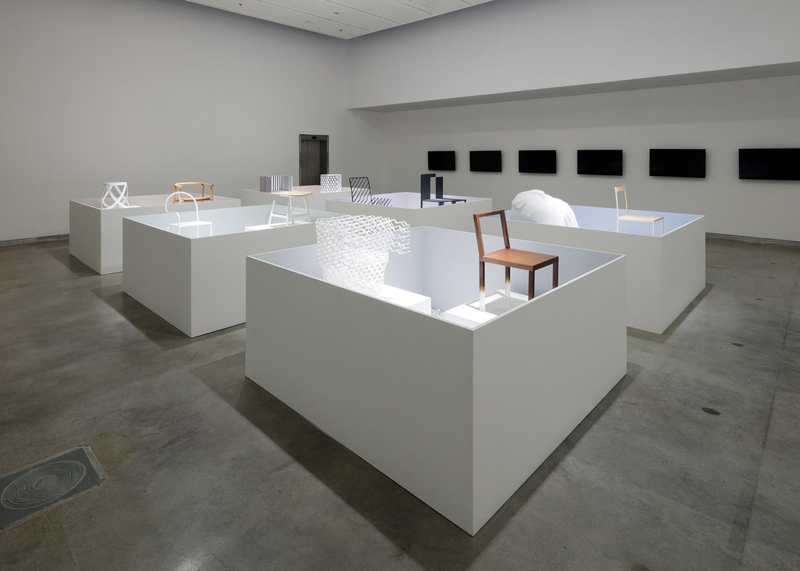 Уникальная выставка мебели в белом цвете - Фото 7