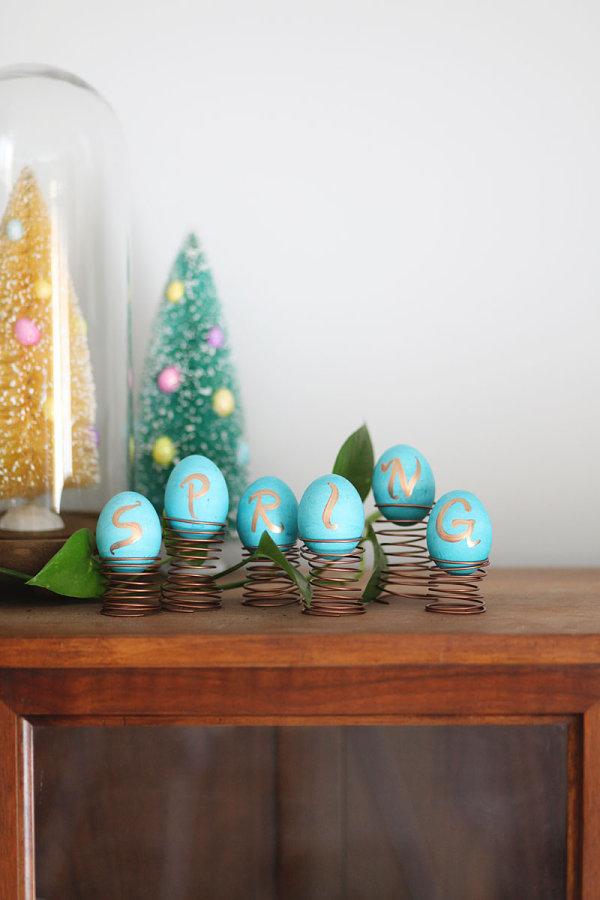 Голубые яйца с буквами