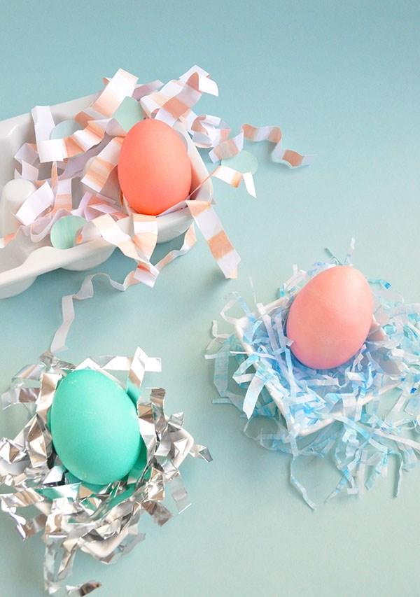 Яркие цвета крашенных яиц