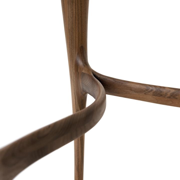 Деревянные ножки стула из коллекции мебели Organic