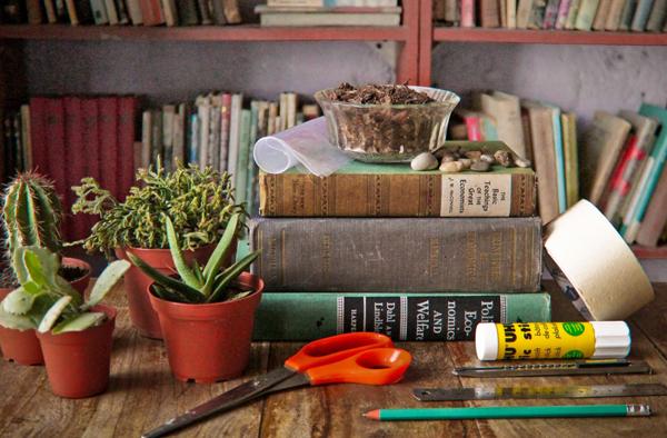 Материалы и инструменты для работы с книгами