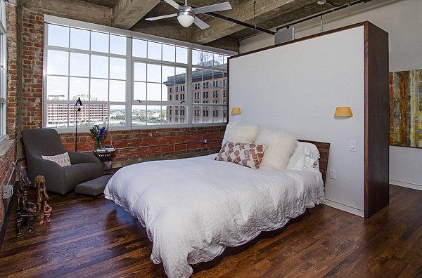 Роскошный интерьер спальни в стиле лофт
