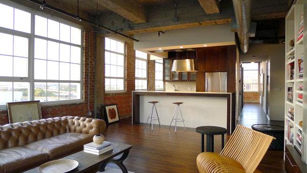 Замечательный интерьер гостиной в стиле лофт
