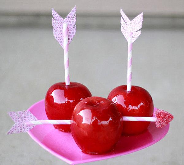 Яблоки в карамели для искушенных любовью