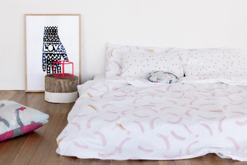 Абстрактный декор постельного белья