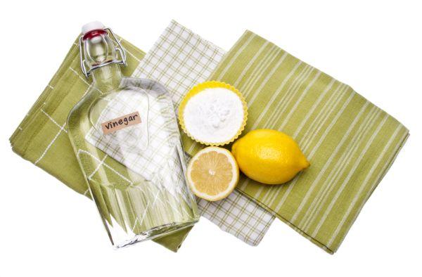 Смешать уксус и лимонную кислоту