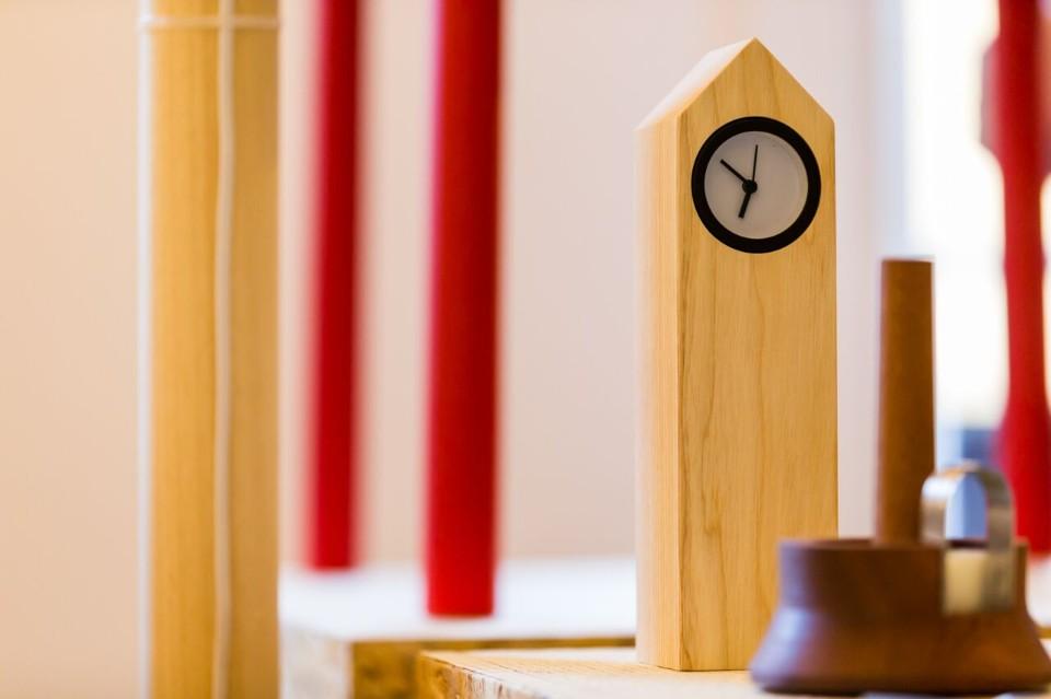 Всемирно известный дизайнер Джулио Йакетти: настольные часы
