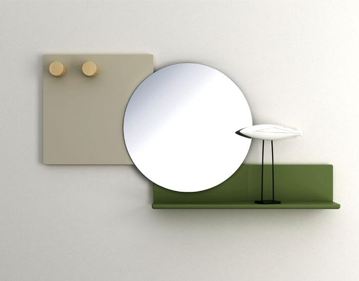 Выставка дизайнерской мебели: круглое зеркало с яркой полкой - Фото 3