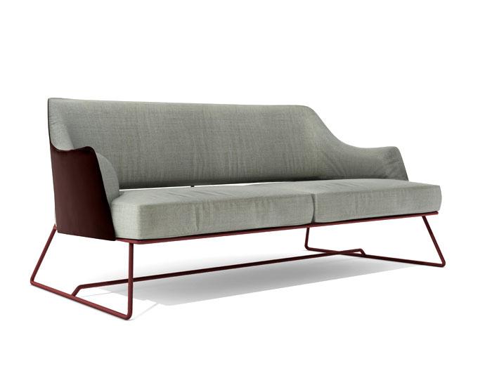 Выставка дизайнерской мебели: светло-серый диван