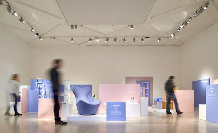 Выставка интерьера и дизайна в Милане: общий вид павильона