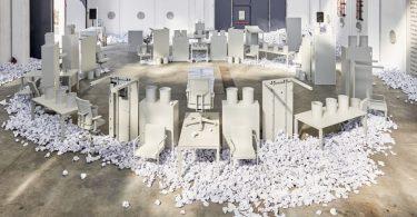 Выставка офисной мебели в Милане