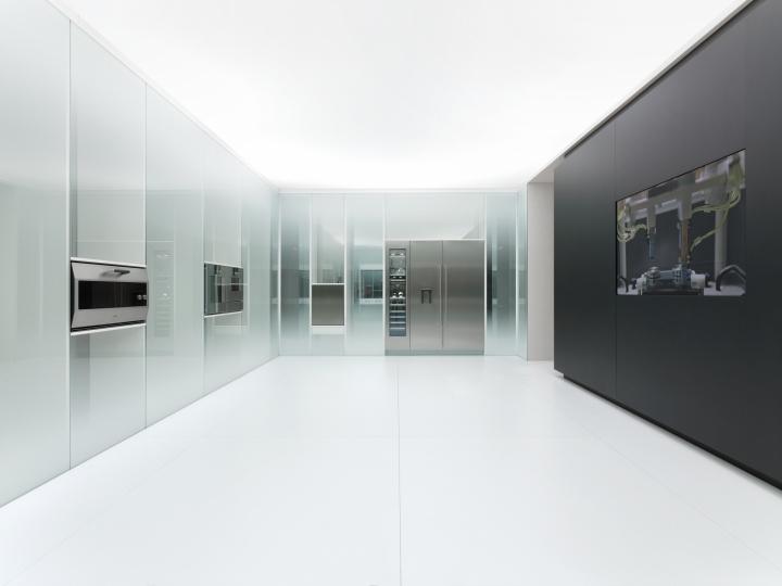 Выставка современной техники от компании Gaggenau: светлое пространство