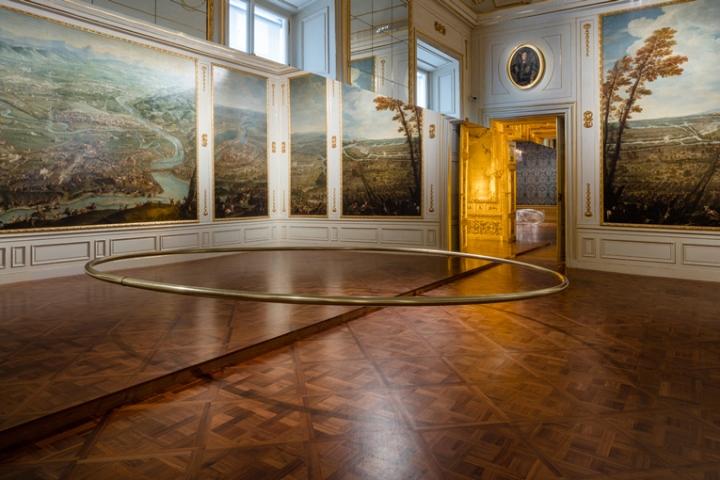 Выставка уникальных работ Ólafur Elíasson: обруч в невесомости