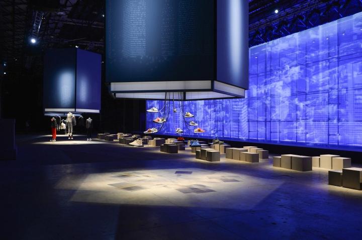 Выставочная инсталляция от Migliore + Servetto Architects: необычная презентация обуви