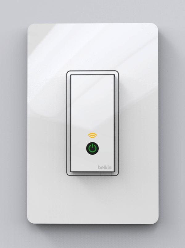 Настенный переключатель с беспроводным управлением