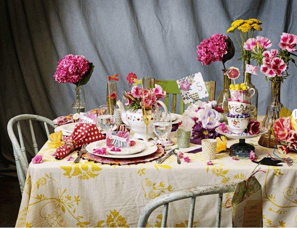 Креативная сервировка свадебного стола