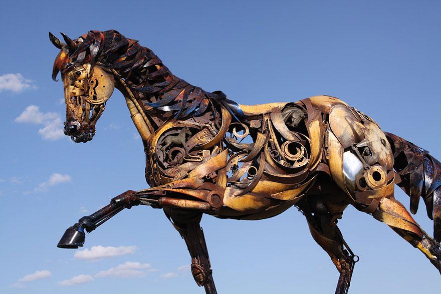 картинки лошадь железная лотерейные билеты