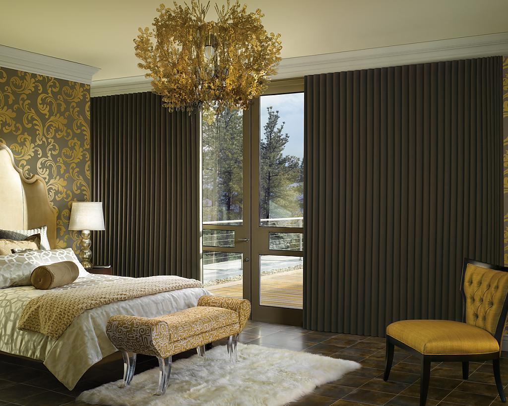 Чудесные шторы в интерьере помещения