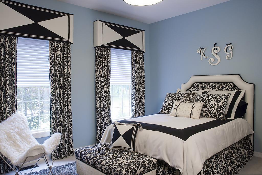 Первоклассные шторы в интерьере помещения