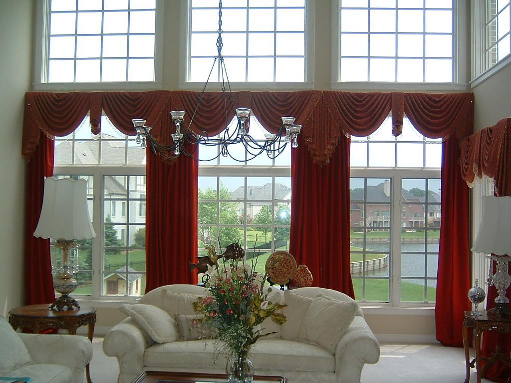 Дизайн и оформление окон шторами