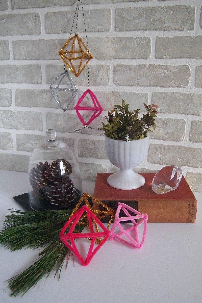 Восхитительный декор с использованием сосновых шишек