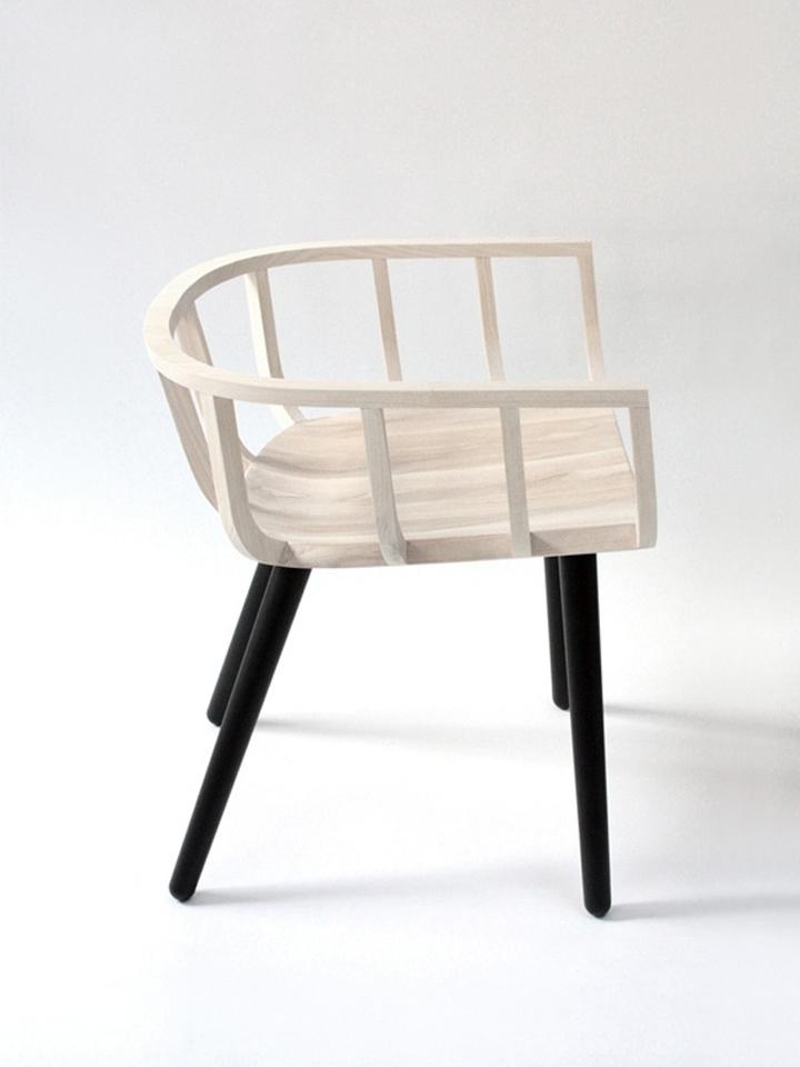 Красивое кресло Frame