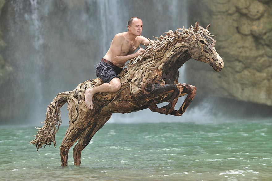 Удивительные конные скульптуры британского скульптора Джеймса Доран-Уэбба
