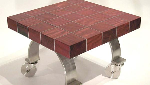 Журнальный столик из амаранта