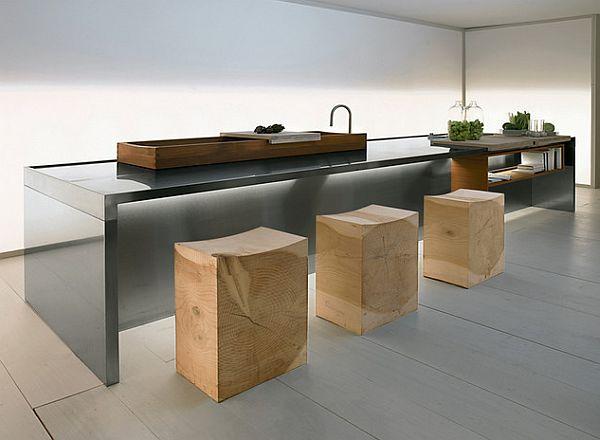 Кухонные табуреты из кедрового массива