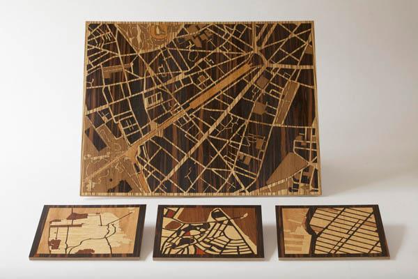Карты на деревянных поверхностях