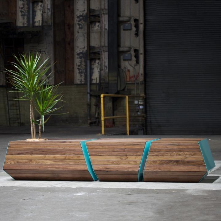 Чудесная деревянная скамья с цветочным горшком Boxcar от Revolution Design House