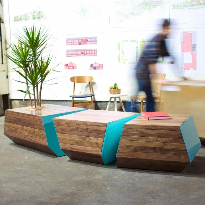 Прекрасная деревянная скамья с цветочным горшком Boxcar от Revolution Design House