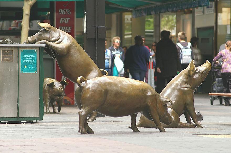 Скульптурная композиция в Австралии