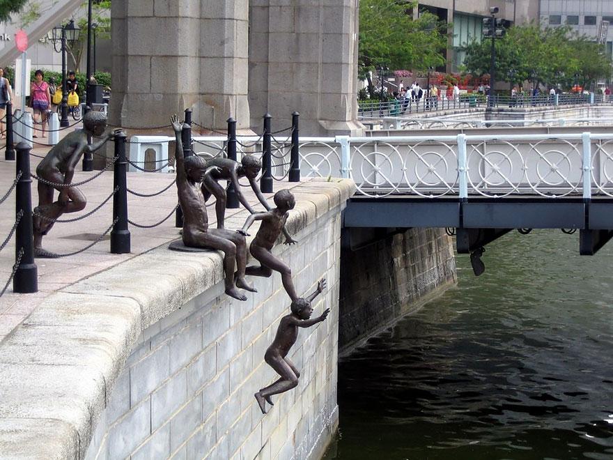 Скульптурная композиция в Сингапуре