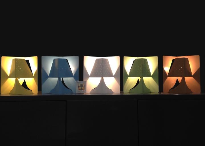 Яркая настольная лампа POP-UP. Фото 1