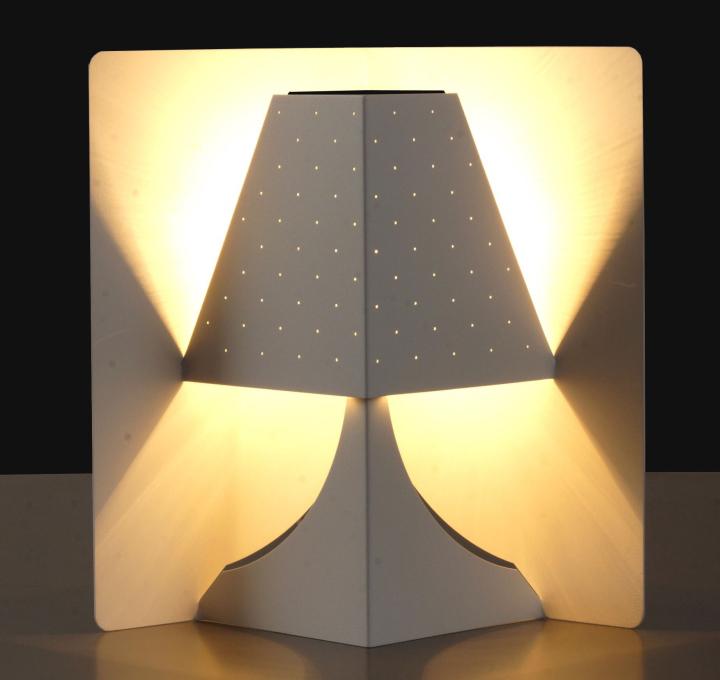 Яркая настольная лампа POP-UP. Фото 2