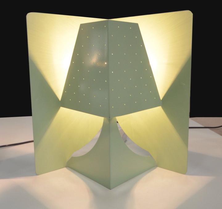 Яркая настольная лампа POP-UP. Фото 3