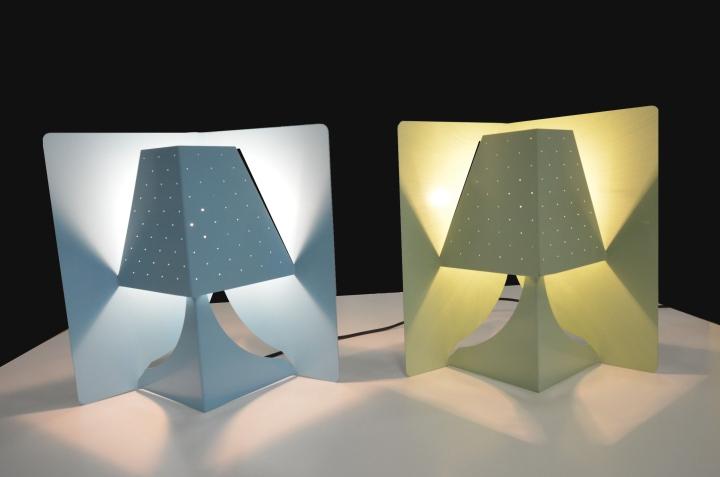 Яркая настольная лампа POP-UP. Фото 4