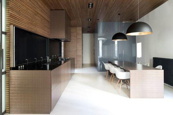 Светлое оформление кухонной зоны