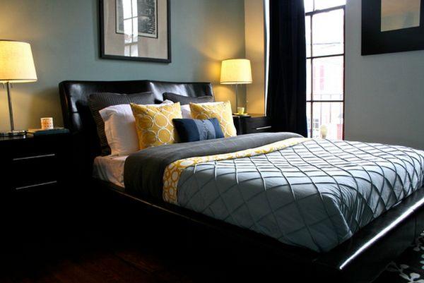 Желтые подушки в интерьере
