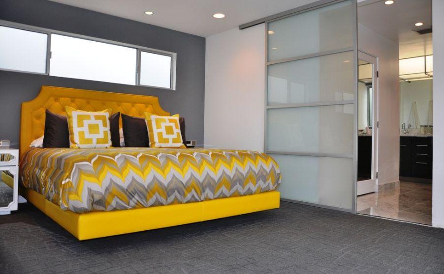 Каркас кровати в желтом цвете