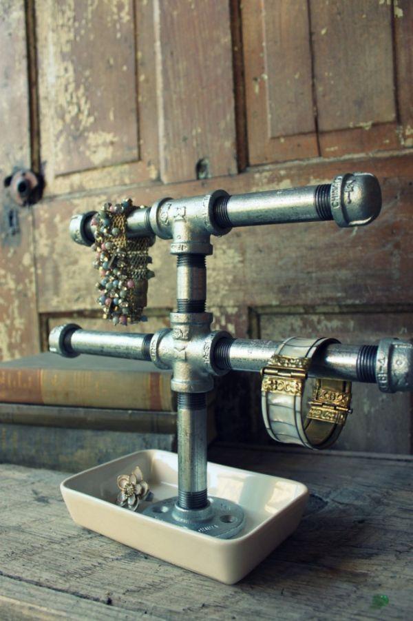 Органайзер для украшений из труб