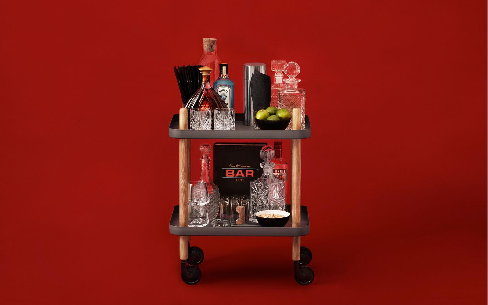 Необычный журнальный столик с современным дизайном, фото столика Block Table
