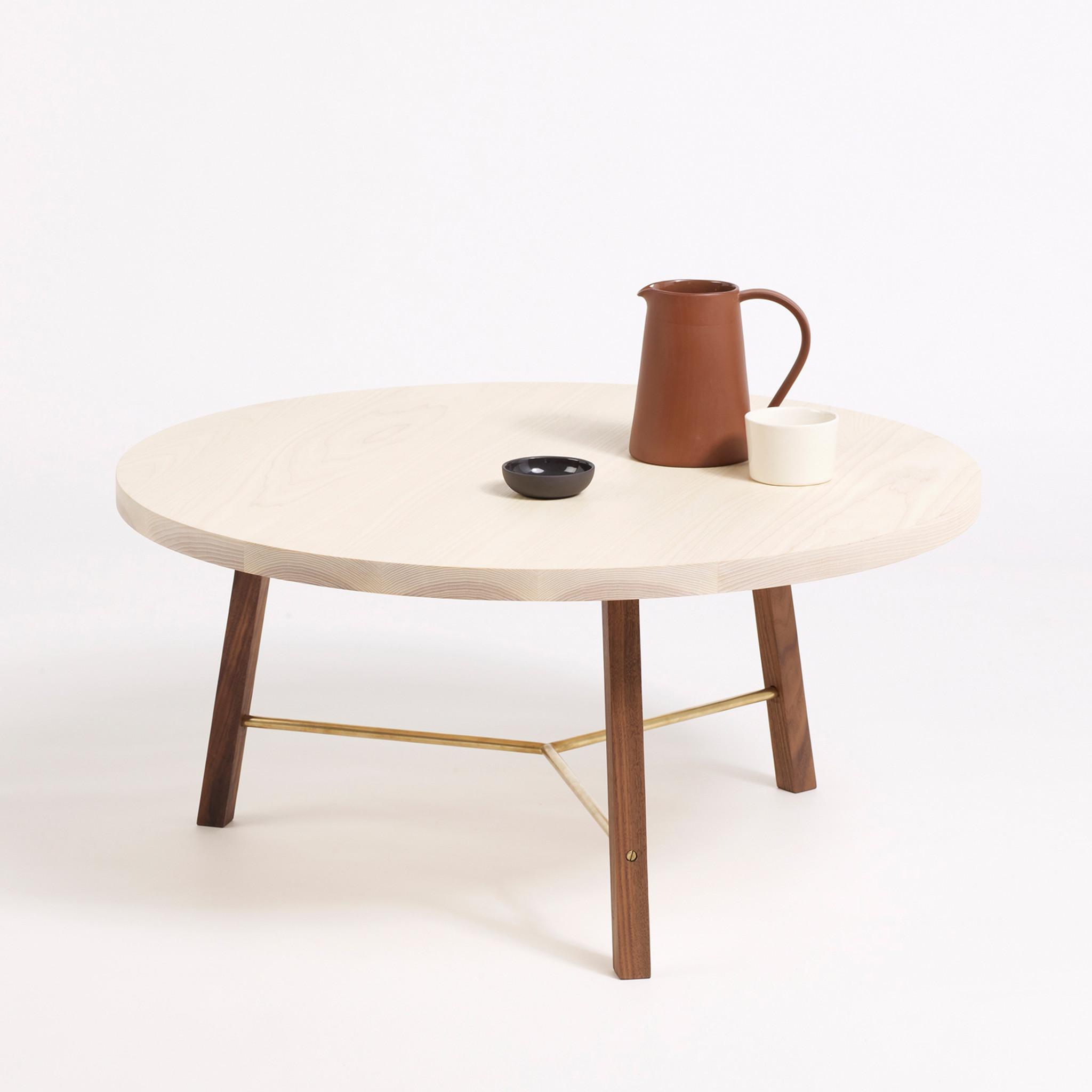 Необычный журнальный столик с современным дизайном, фото столика Coffee Table Two