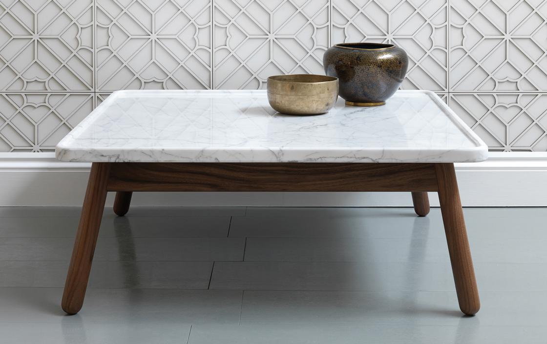 Необычный журнальный столик с современным дизайном, фото столика G&T Carve Occasional