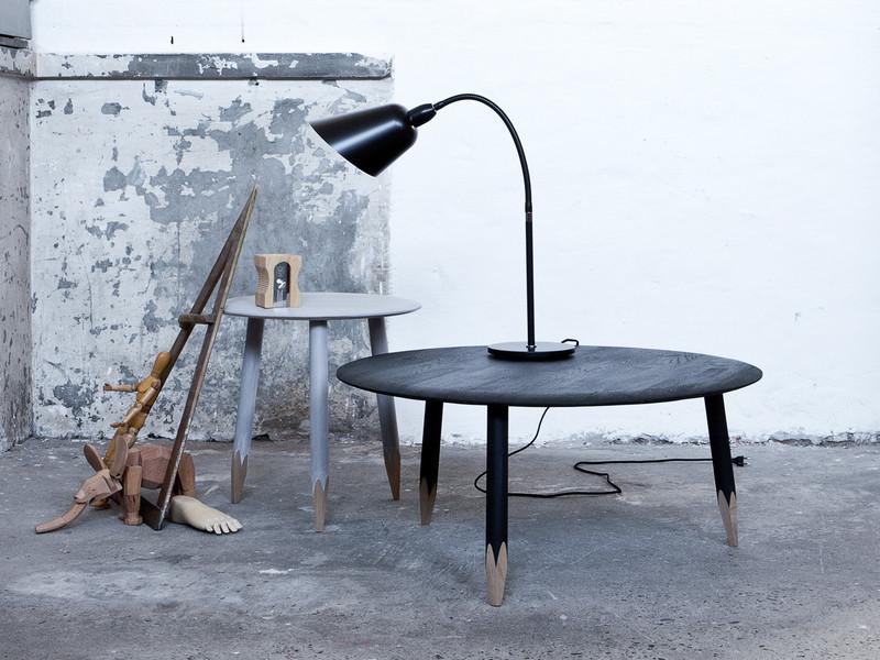 Необычный журнальный столик с современным дизайном, фото столика Hoof Table